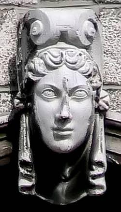 Sculpture d'une fenêtre du Palais Pisani à Venise