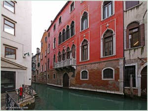 Le palais Bragadin Carabba sur le rio de San Lio, dans le sestier du Castello à Venise