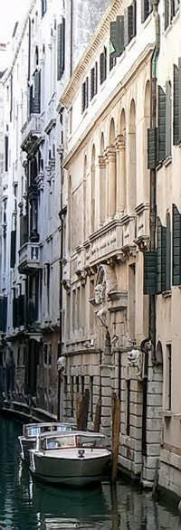 Le palais Morosini du côté du Rio del Santissimo à Venise