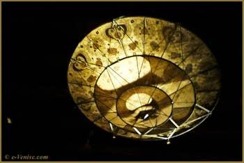 Lampe en soie Mariano Fortuny