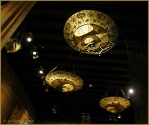 Lampes en soie Mariano Fortuny