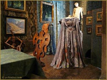 Le Musée Mariano Fortuny au Palazzo Pesaro degli Orfei à Venise
