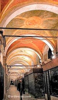 Le Ramo Rialto Vecchio o Parangon à Venise
