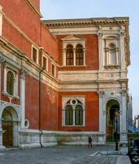 Façade arrière de la Scuola Grande San Rocco à Venise