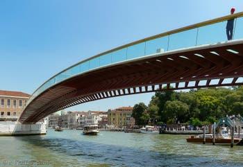 Pont de la Constitution, Ponte della Costituzione de Santiago Calatrava sur le Grand Canal de Venise