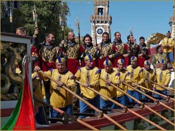 La Régate Historique de Venise, la Regata Storica, le bateau amiral : la Serenissima