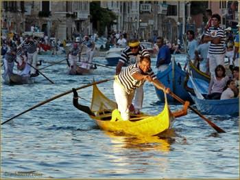 Regata Storica Venise, la régate des Gondolini