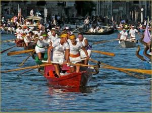 Régate Historique de Venise, Regata Storica, la course des femmes sur Mascarete
