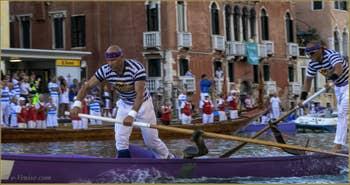 La Regata Storica, la Régate Historique de Venise, régate des Gondolini,