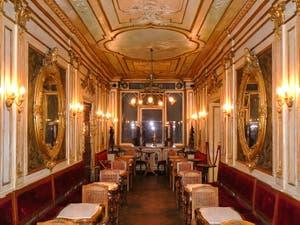 Le Café Florian, place Saint-Marc à Venise.