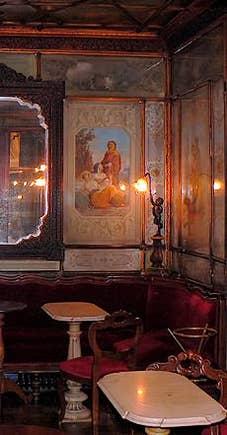 Un salon du Café Florian à Venise
