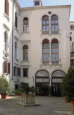 Le Palazzo Vendramin Calergi ou est mort Richard Wagner à Venise