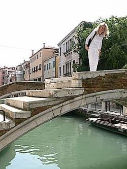 Ponte Chiodo Rio de San Felice pont sans parapets dans le Cannaregio à Venise
