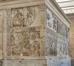Ara Pacis, Autel de la Paix d'Auguste à Rome en Italie