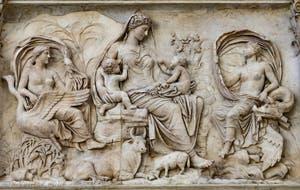 La Tellus de l'Ara Pacis, Autel de la Paix d'Auguste à Rome en Italie