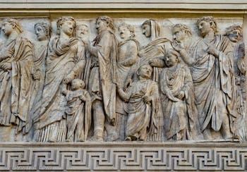 Procession de l'Ara Pacis, Autel de la Paix d'Auguste à Rome en Italie