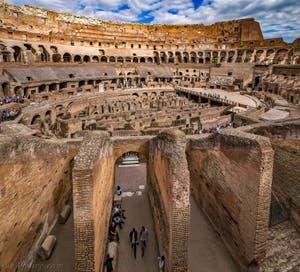 L'arène du Colisée à Rome en Italie, l'amphithéâtre Flavien