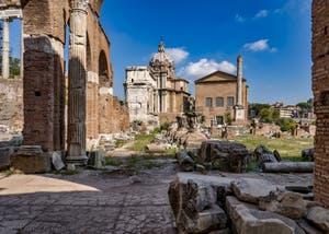 Le Forum Romain et ses ruines, à Rome en Italie