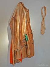 Livio de Marchi, manteau et cravate en bois sculpté