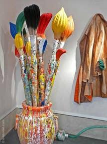 Livio de Marchi à Venise : Pinceaux en bois sculpté