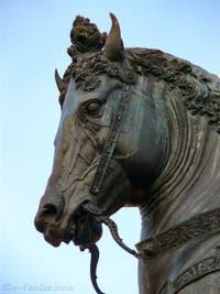 Statue équestre de Bartolomeo Colleoni par Alessandro Leopardi et Andrea Verrocchio à Venise
