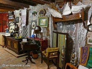 Antiquités à Venise