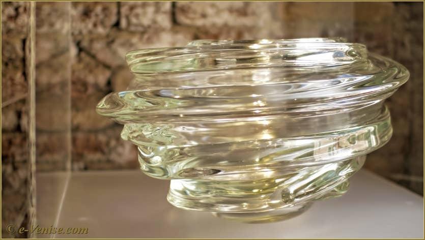 Luigi Benzoni, Vases, sculptures en verre de Murano à Venise