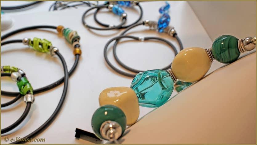 Massimiliano Caldarone perles et bijoux en verre de Murano