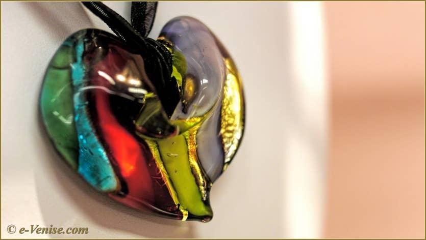Miriam Padoan Maître Verrier, bagues et bijoux en Verre de Murano