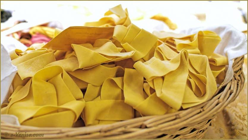 Pâtes Serenissima Tagliatelles, Raviolis, Tortellini, Lasagne et Gnocchis à Venise